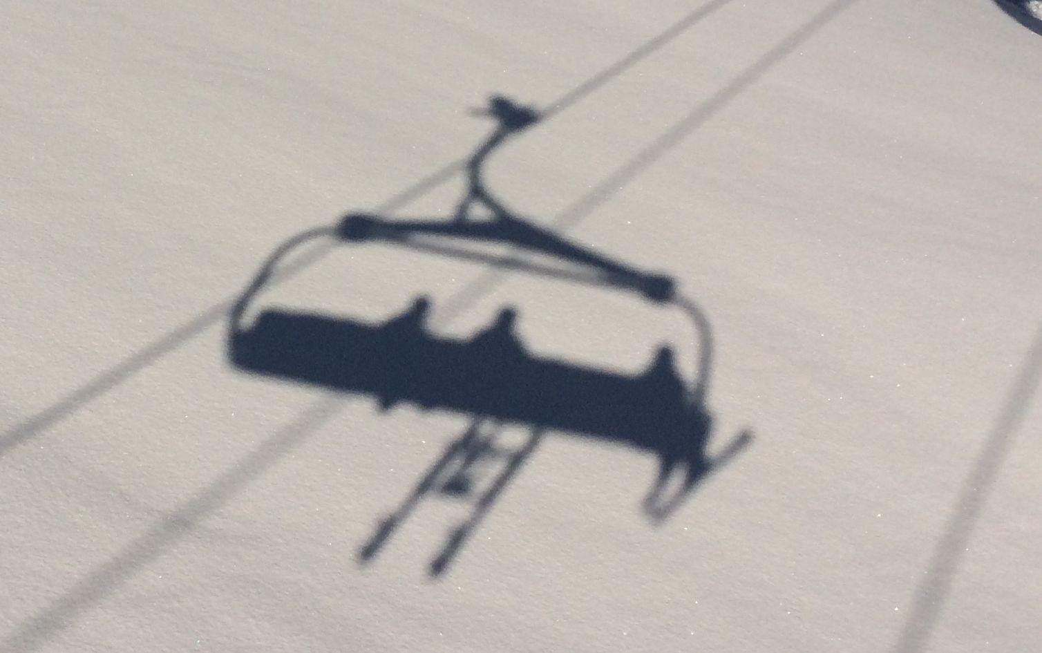 taxi-ski-shadow