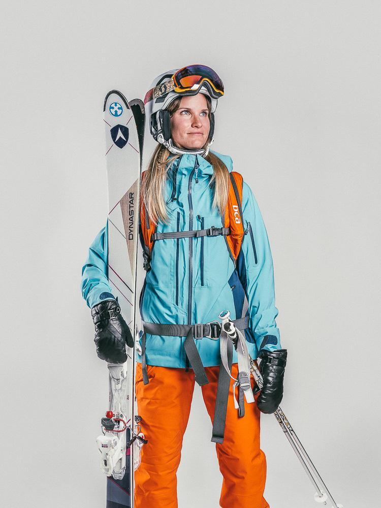 Oxygène Ski & Snowboard School | Lady Off-Piste Skier 2