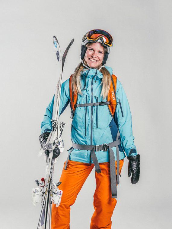 Oxygène Ski & Snowboard School | Lady Off-Piste Skier