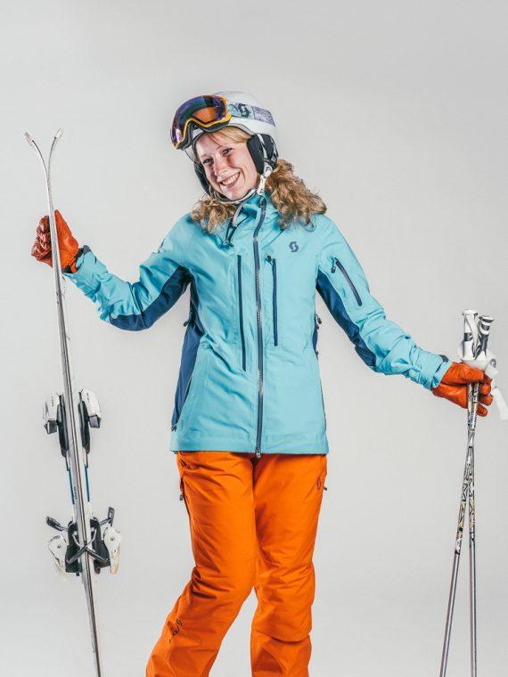 Oxygène Ski & Snowboard School | Adult Skier Intermediate