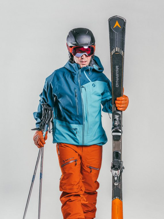 Oxygène Ski & Snowboard School | Adult Advanced Skier