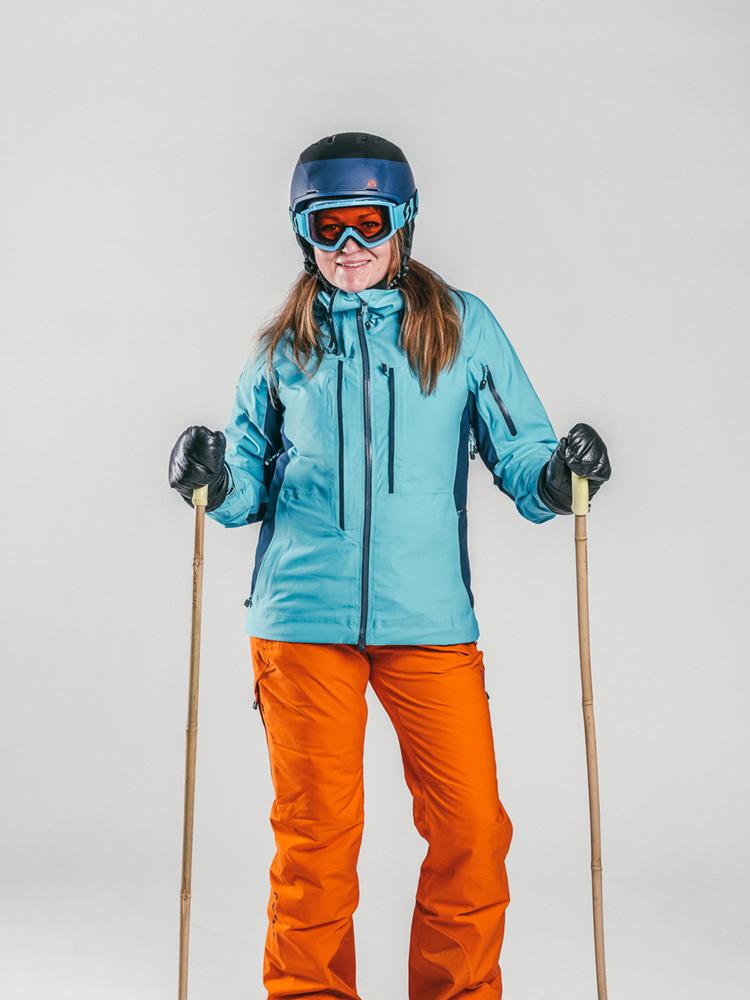Oxygène Ski & Snowboard School Female Adult with Helmet 2