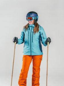 Oxygène Ski & Snowboard School | Female Adult with Helmet