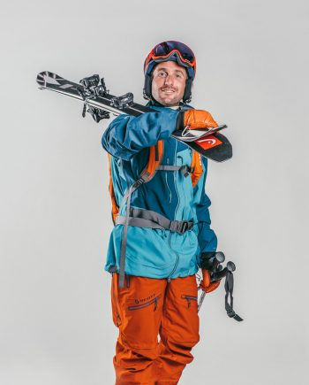 Oxygène Ski & Snowboard School Adult Off-Piste Skiing 2