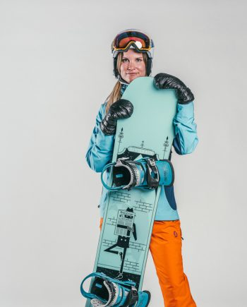 Oxygène Ski & Snowboard School Female Adult Snowboarder 2
