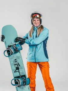 Oxygène Ski & Snowboard School | Female Adult Snowboarder