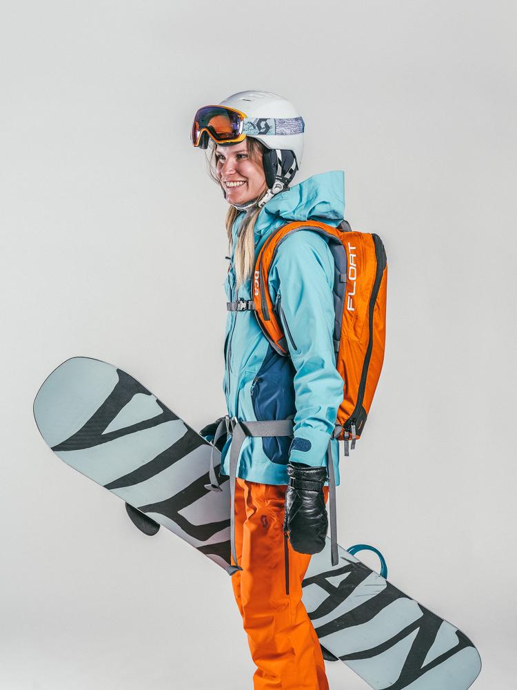 Oxygène Ski & Snowboard School Female Adult Off-Piste Snowboarder 2