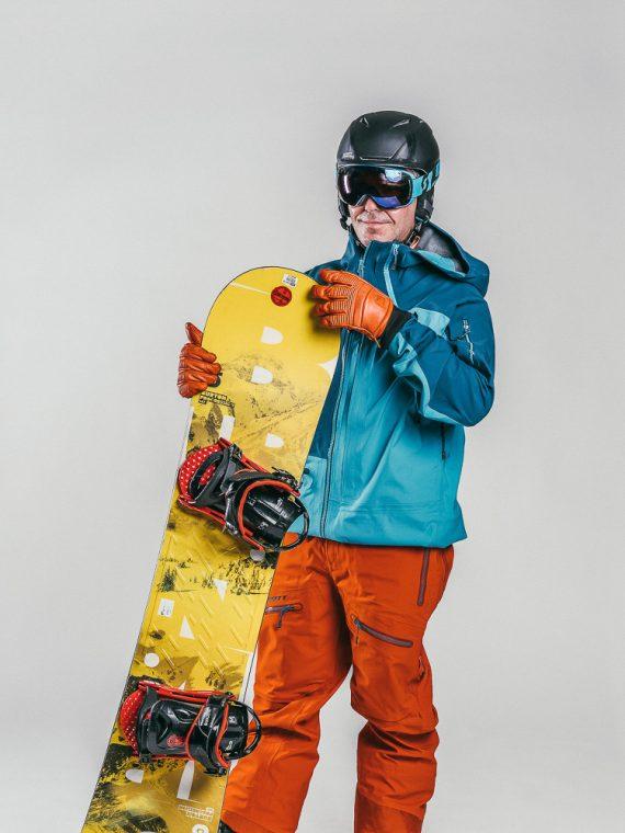 Oxygène Ski & Snowboard School | Adult Beginner Snowboarder