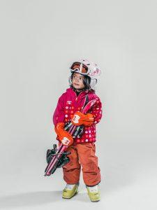 Oxygène Ski & Snowboard School | Little Girl Skier 2