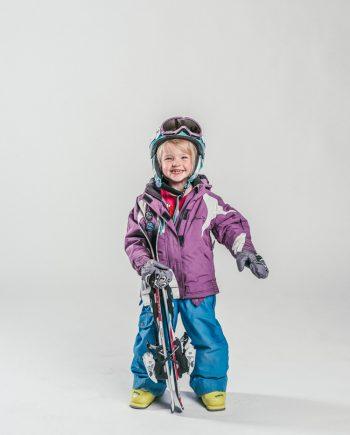 Oxygène Ski & Snowboard School Little Girl Skier 4
