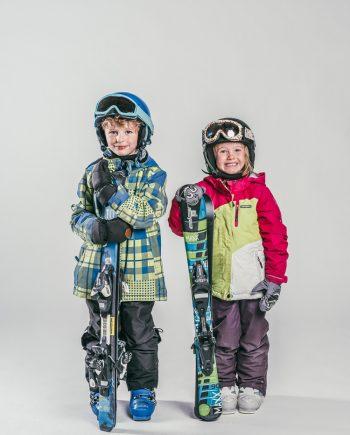 Oxygène Ski & Snowboard School Boy & Girl Skiers 2
