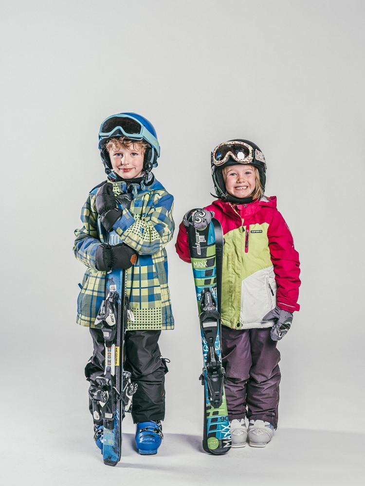 Oxygène Ski & Snowboard School | Boy & Girl Skiers 2