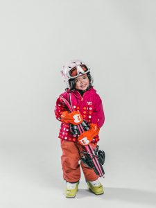 Oxygène Ski & Snowboard School | Little Girl Skier