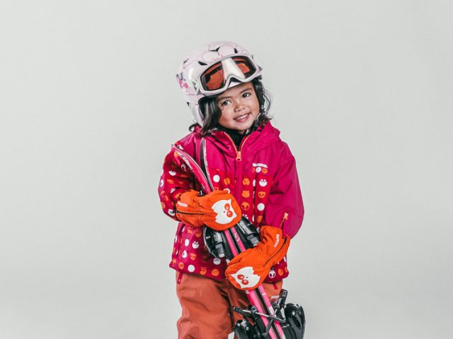Oxygène Ski & Snowboard School Little Girl Skier