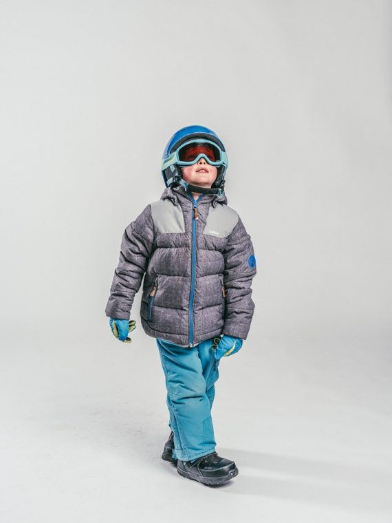 Oxygène Ski & Snowboard School | Child Snowboarder 2