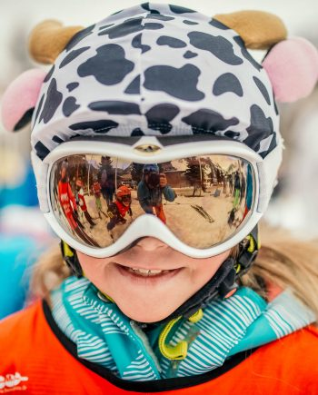 Oxygène Ski & Snowboard School – Child Smiling