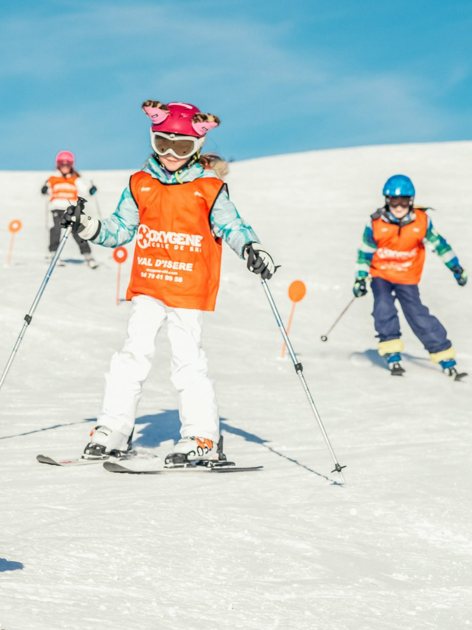 Oxygène Ski & Snowboard School Children Skiing
