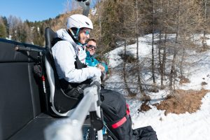 adaptive ski taxi ski les menuires 3 valleys