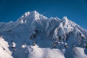 la montagne est aussi belle que dangereuse