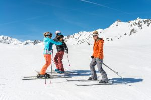 first time skiers on the slopes with Oxygene instructor
